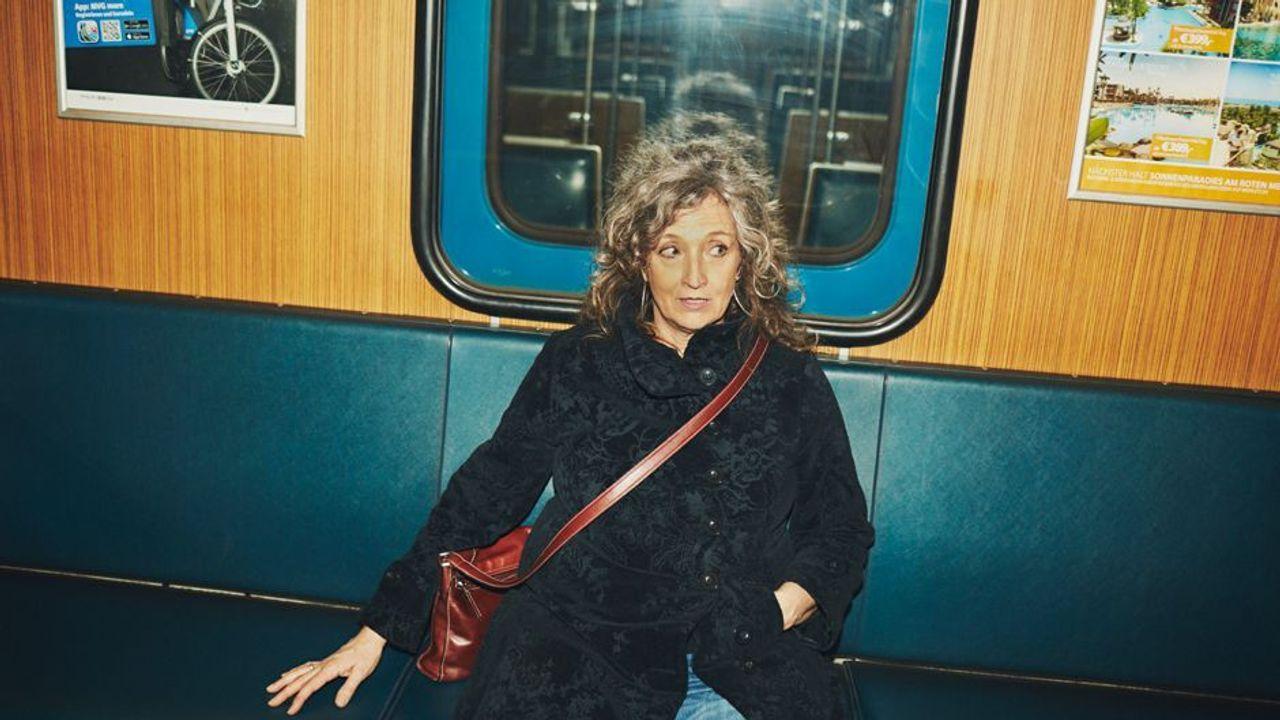 Sabine Bundschu, die Münchner U-Bahn-Stimme, im Porträt