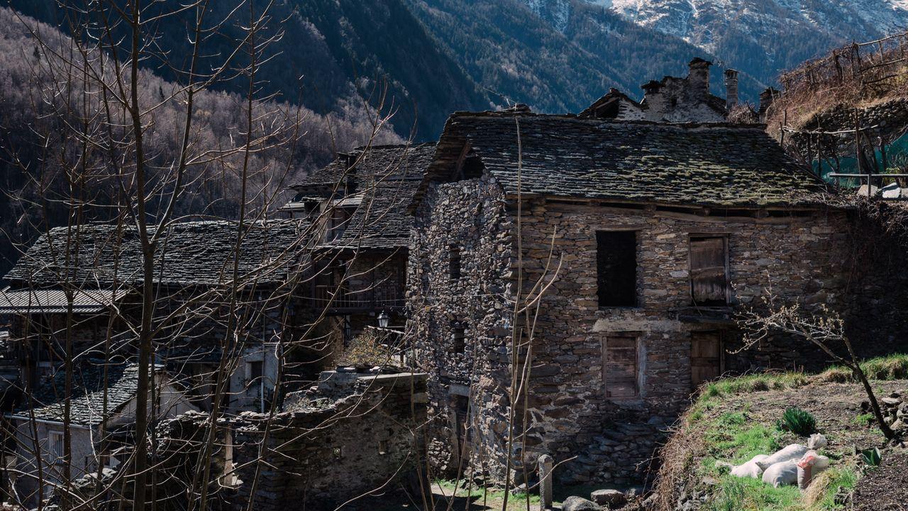 Wo man in Italien Häuser für einen Euro kaufen kann - SZ