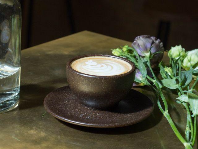Kaffeeform: Umweltfreundliches Geschirr aus Kaffeesatz