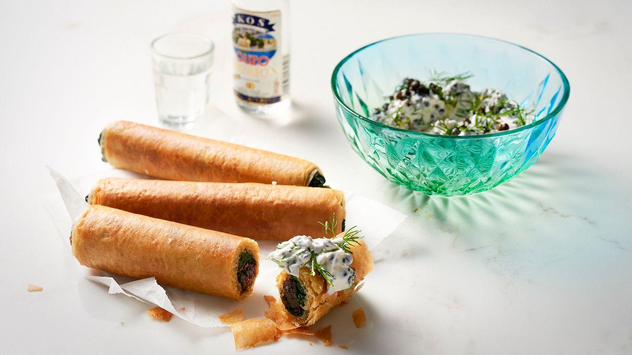 Rezept: Spinatröllchen mit Joghurt-Linsen