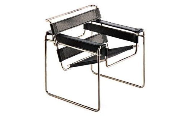 Auf Der Suche Nach Neuen Werkstoffen Und Produktionsverfahren  Experimentierten Designer Fortan Mit Allem, Was Der Fortschritt Hergab:  Charles Und Ray Eames ...